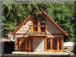 2 bedroom loft style granny flat kit home design for Timber home designs australia